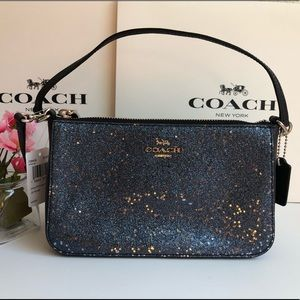 🌹 Coach Top Handle Pouch with Star Glitter F39656
